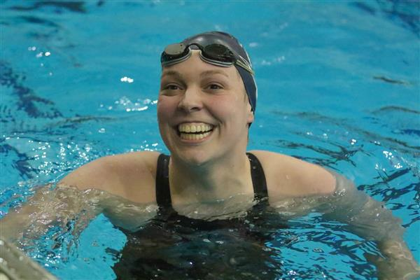 SCSH Looney named All-Metro Swimmer